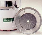 Omega Juicer Model 4000 w/ Basket.
